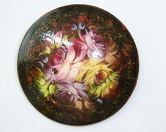 Eastern European floral lacquer pin