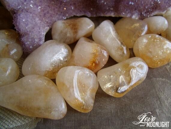 CITRINE (Large Tumbled Crystal) Clear/Balance Solar Plexus Chakra, Manifest Abundance, Boost Creativity, Courage, Strength & Positive Energy