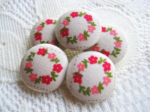 Fabric Buttons, Fabric covered button, Vintage Brown Pink Red green Flower wreth Set 5pcs,18mm, woman, summer, spring, cute,flower, handmade