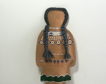 Comanche soft sculpture Grandmother doll primitive child toy faceless southwest Native American Indian