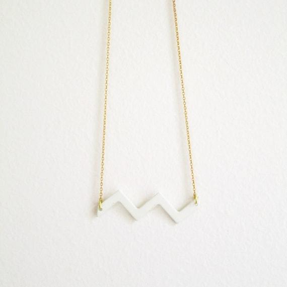 Snowy Mountain chevron necklace -  minimal vintage enameled snow white zigzag on a vintage brass chain - free shipping