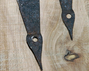 Primitive 1800s MARTHA'S VINEYARD Extremely Rare Huge Blacksmith Set of 2 Hand Arrow Forged Strap Hinges Wrought Iron