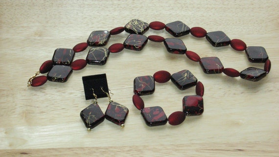 3 Piece Jewelry Set in Black and Red