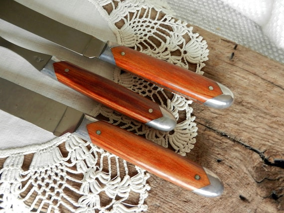 Fabulous Vintage Queen Steel Carving Set with Wood and Steel Handles, Made in USA