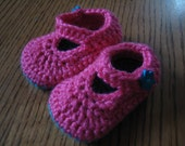 Baby strap shoes with footy grips