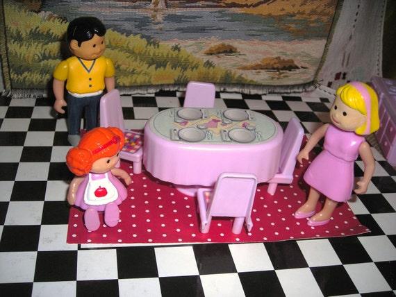 Dining Room Doll House Furniture...Miniature World......Dollhousing