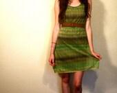 Green Dress / Funky Tie Dye Netted Mesh Vintage / S