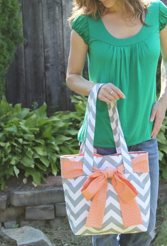 X-LARGE gray and white CHEVRON stripe zigzag Handbag/ Diaper Bag/ Purse/ Tote/ Beach Bag with Orange Bow/Sash and 4 Interior Pockets