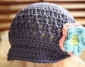 Crochet Newsgirl Hat in Italian Merino - size 0-3 months