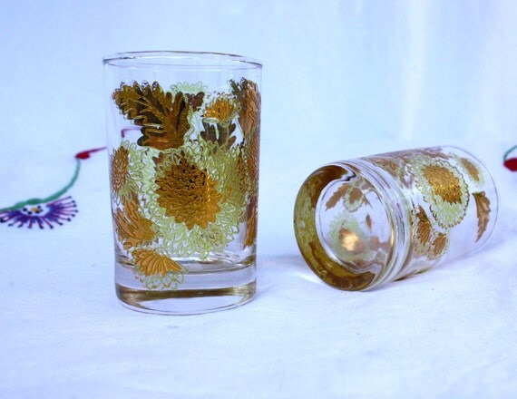 Chrysanthemum Gold Overlay Glass Tumblers, set of 2, Libbey, vintage 1960s