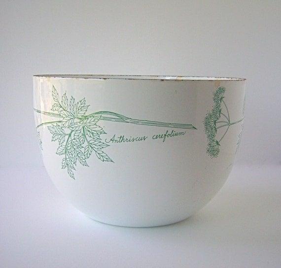 Botanical Chervil Motif Enamel Ware Deep Bowl, Chippy & Wonderful, Bright White and Leaf Green