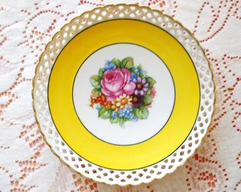 Victorian Antique Porcelain Yellow Roses Garden Floral Bouquet Reticulated Lattice Cottage Plate Vintage 1900s to 1910 Germany