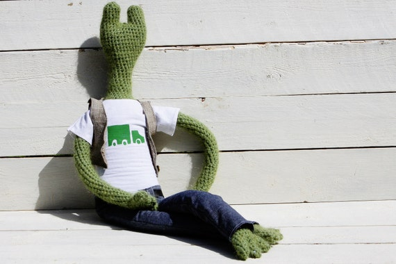 Reserved.Handmade crochet toy -green frog  George