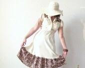 1970s Gunne Sax Style Dress / Prairie Dress / Boho / Bohemian / Off White, Cream / Brown Floral / Size Small