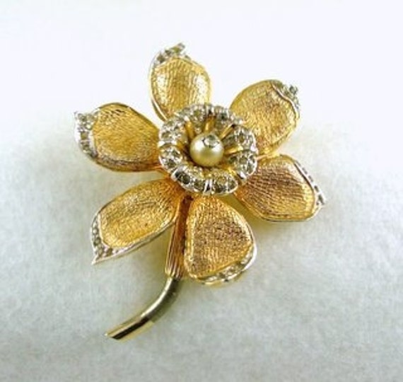 RESERVED for Ayala - NETTIE ROSENSTEIN Daffodil Brooch & Faux Opal Brooch