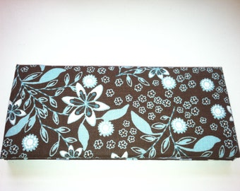 Magic Wallet - Billfold Turquoise & White Flowers on Brown