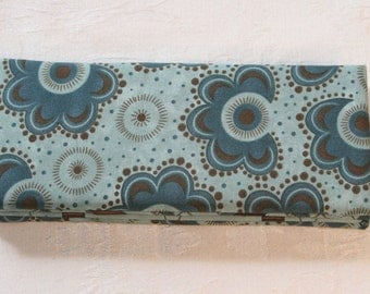 Magic Wallet - Billfold Steel Blue with Brown Flowers