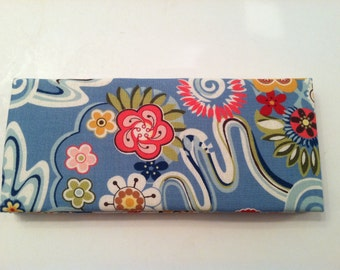 Magic Wallet - Billfold Floral on Blue