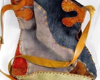 Amazing shoulder bag in genuine leather. Totally handmade. OOAK
