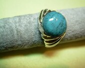 Sterling silver ring with a Turquoise stone.