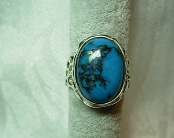 Sterling silver ring with a Turquoise stone