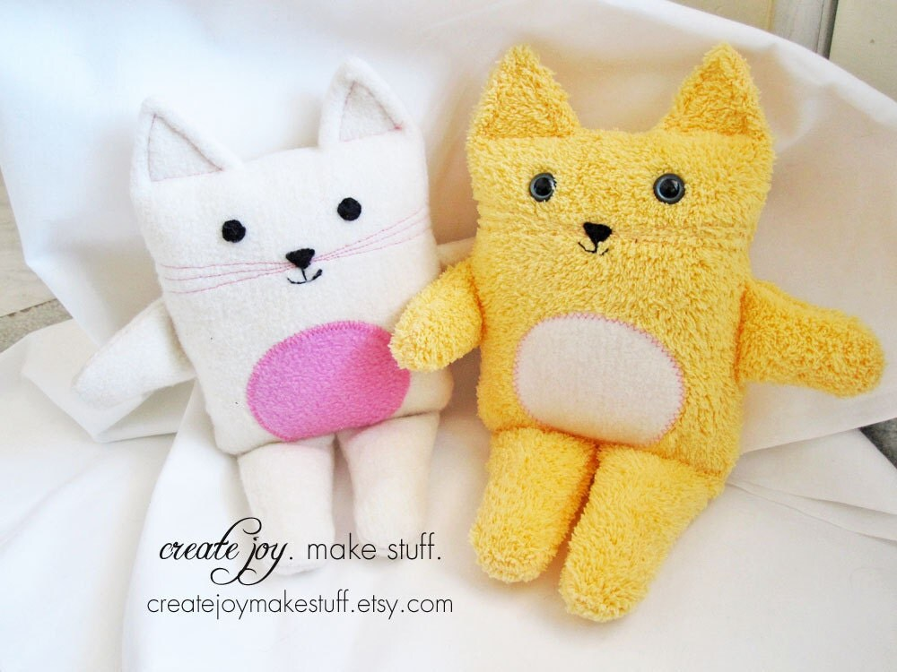 Free Cat Lovey Sewing Pattern