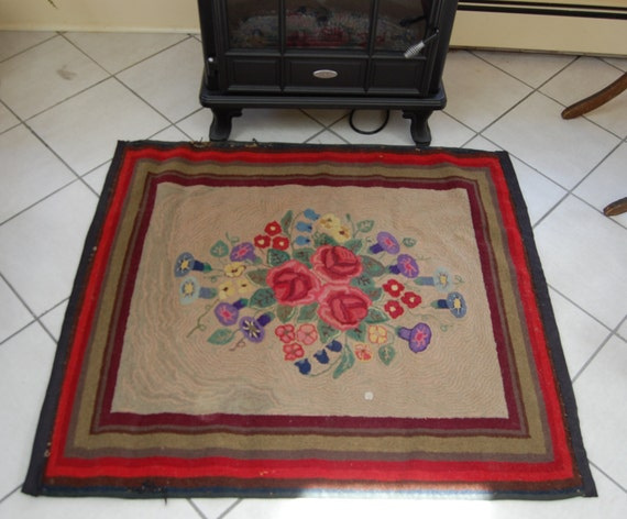 Price Slashed / Antique Floral Hooked Rug  Free Ship in US