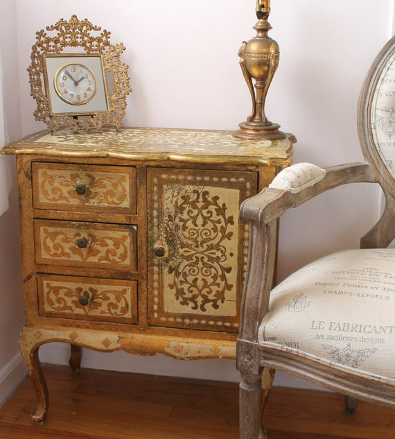 RESERVED...Vintage Florentine Chest...Side Table...Cabinet...Hand Made in Italy...Shabby Chic...Hollywood Regency...Gold...Glam