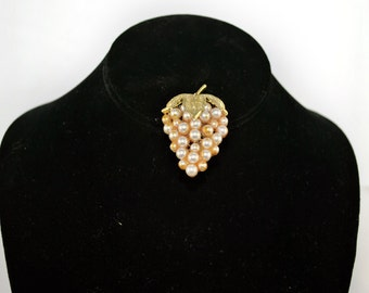 FREE SHIPPING Summer Jewelry  Vintage Antique Wine 1960's 1960s Faux Pearl Bunches of Grapes Pin Brooch