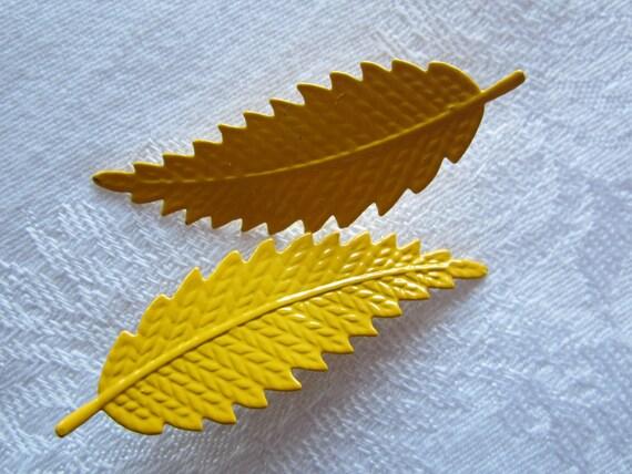 Leaf Earrings, Yellow 80s Pair of Post Earrings