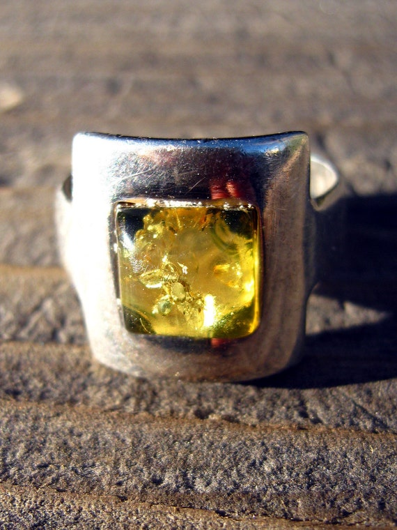 Vintage ring, sterling silver, yellow amber, size 7, unisex