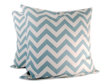 Chevron Pillow Covers.Blue Cream Pillow. 18x18 inch.Decorator Pillows.zigzag.cushion covers.printed fabric front and back.housewares