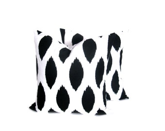 Ikat Pillow covers - Black Pillow - Decorative Pillows - Black Pillow Covers - Throw Pillows - Throw Pillow cover - Ikat Pillows  - Accent