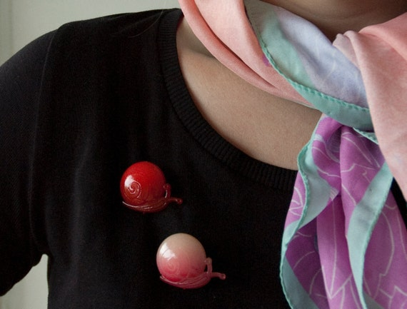 Vintage Snail brooches, Two Snails Red