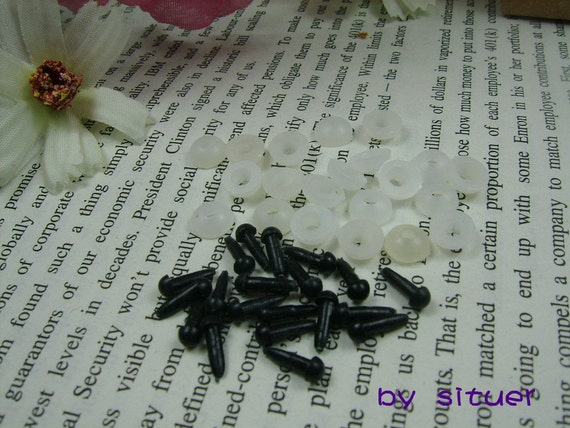 10 pairs 4 mm solid Black  Plastic Safety Eyes for Amigurumi or crocheted doll