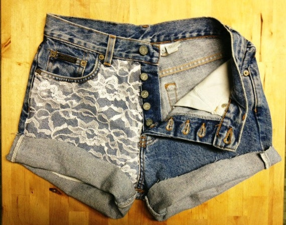 Size 28 Vintage High Waisted Lace Accented Jean shorts