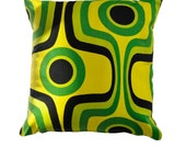 Retro Vintage Pillow Cushion Cover. Op Art Psychadelic 1970s. Green Black Yellow.
