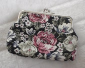 Floral Embroidered Coin Purse 1990's