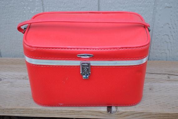 Vintage Red Train Travel Case Featherlite