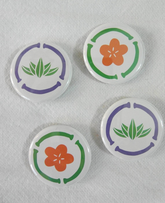 S A L E Lotus / Flower magnet set