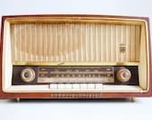 Vintage Grundig Majestic Shortwave Radio Model 2140U