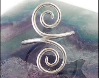 Double Swirl Silver Finger Adornment