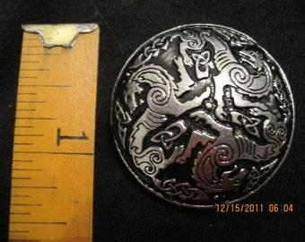 Medium Pewter Disk Boach Celtic Wolves