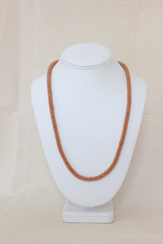 Crocheted beaded necklace - Brown