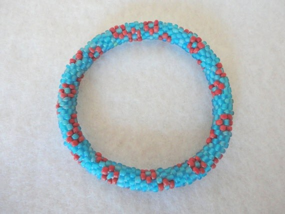 Matte turquoise crocheted beaded bracelet  - turquoise bead bracelet with maroon red flower