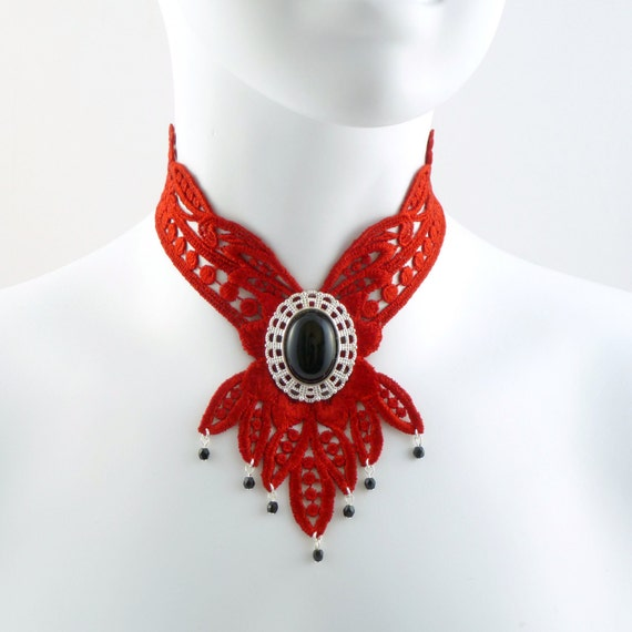 Red Lace Choker Bib Necklace with Large Onyx Stone in Silver Plated Setting and Black Beads - Dramatic Renaissance Fabric Jewelry - Gothic