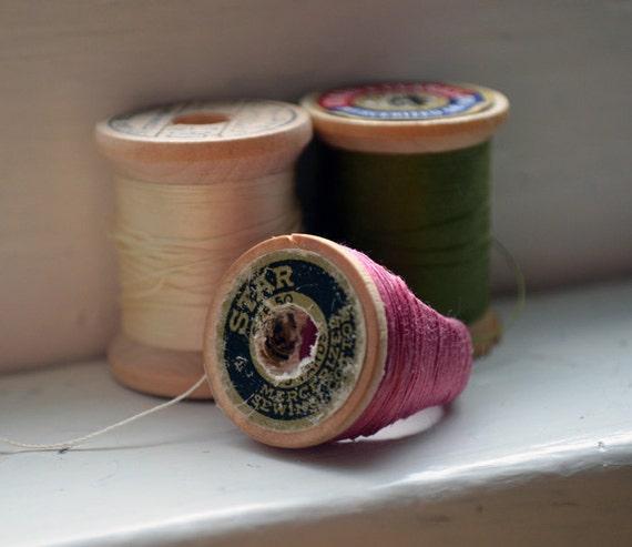 Vintage Spool Ring - Rosy Mauve ooak