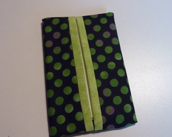 Green Polka Dot Pocket Tissue Holder