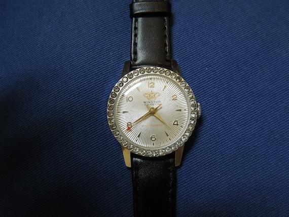 Vintage Windsor Geneva Antimagnetic Wristwatch