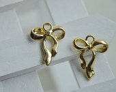 10 pcs  gold   plating  bowknot      pendant finding